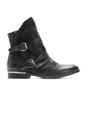 Crne ženske čizme sa kaišićima - Bata