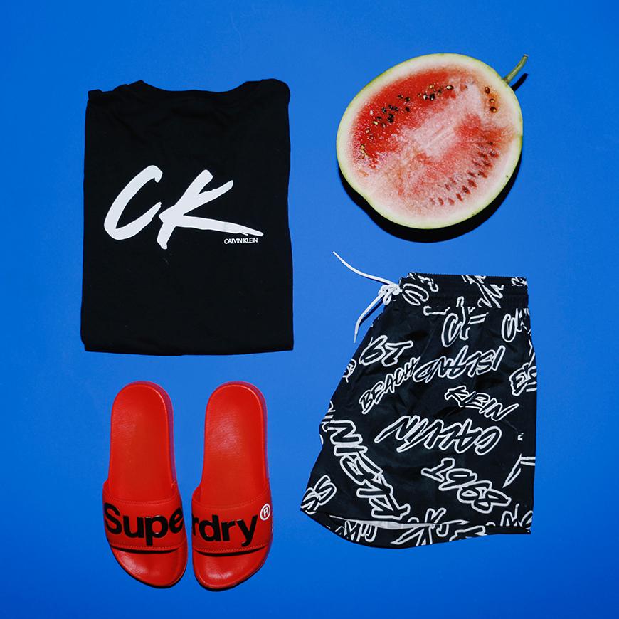 Calvin Klein majica i šorts i Superdry papuče