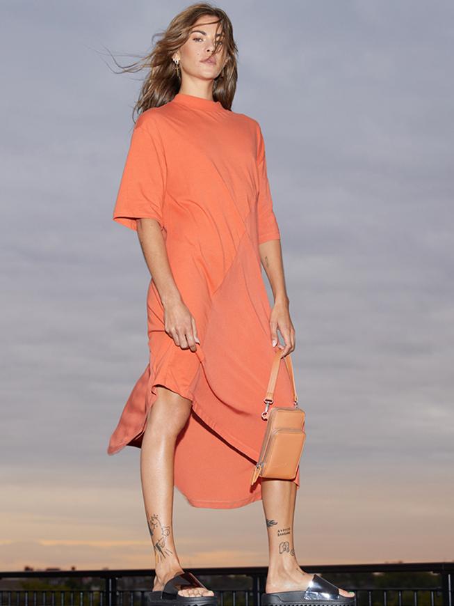 Midi haljina kratkih rukava